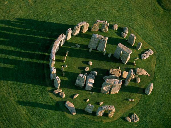Stonehenge, construit par les Européens pendant l'antiquité